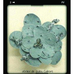 broche grise | flower brooch | grande broche