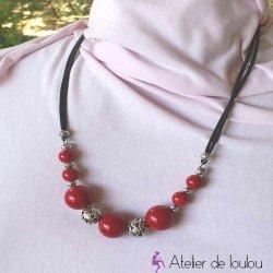 collier boule | collier pas cher | bijourouge | achat collier rouge