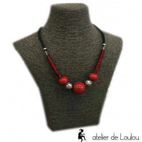collier rouge | céramique rouge | collier sur mesure