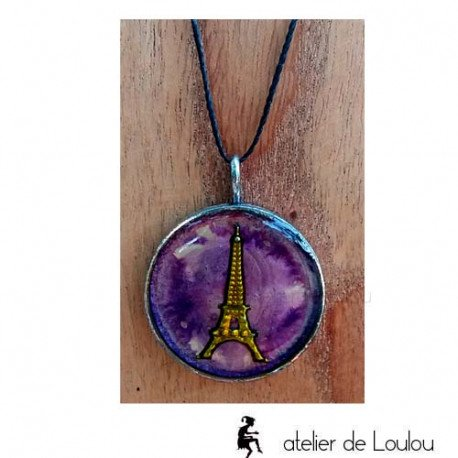 collier résine violet paris   collier artisanal résine tour eiffel